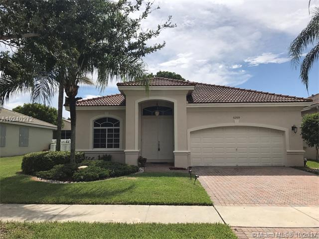Photo of 6209 SW 194th Ave  Pembroke Pines  FL
