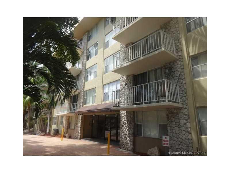Photo of 1805  Sans Souci Blvd  North Miami  FL