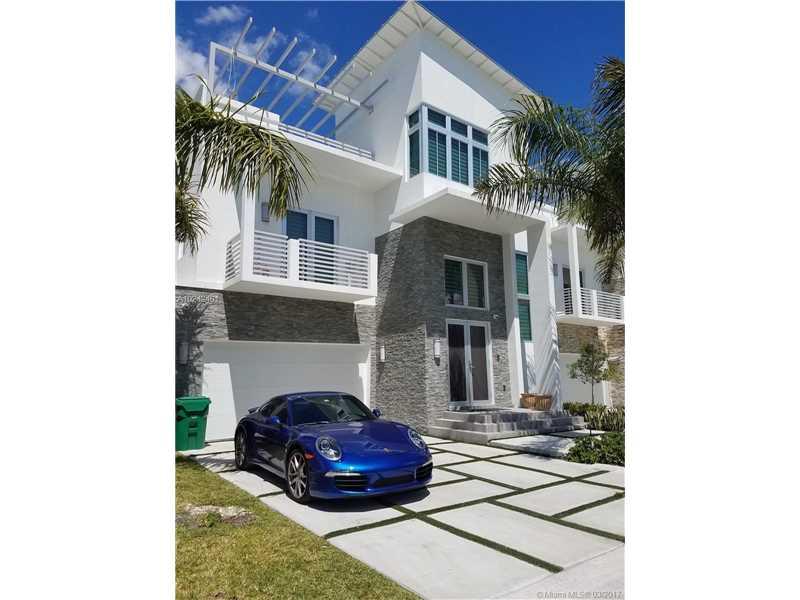 Photo of 8271 Northwest 34th Dr  Miami  FL