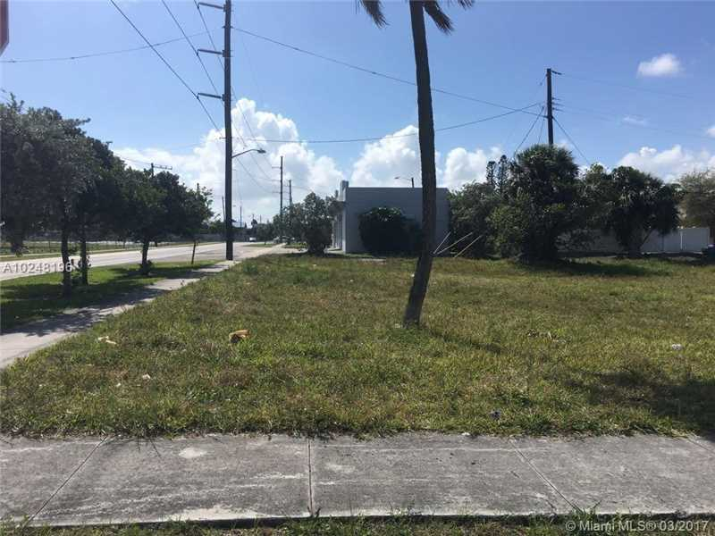 Photo of 2208 Forrest St  Hollywood  FL