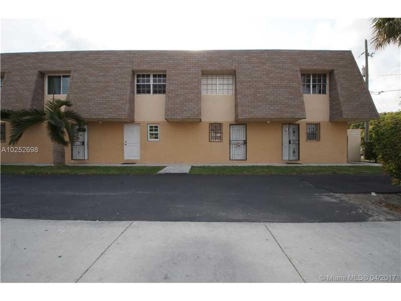 Photo of 10902 SW 2nd St  Miami  FL