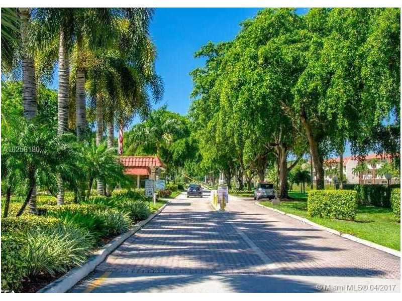 Photo of 8990 South Hollybrook Blvd  Pembroke Pines  FL