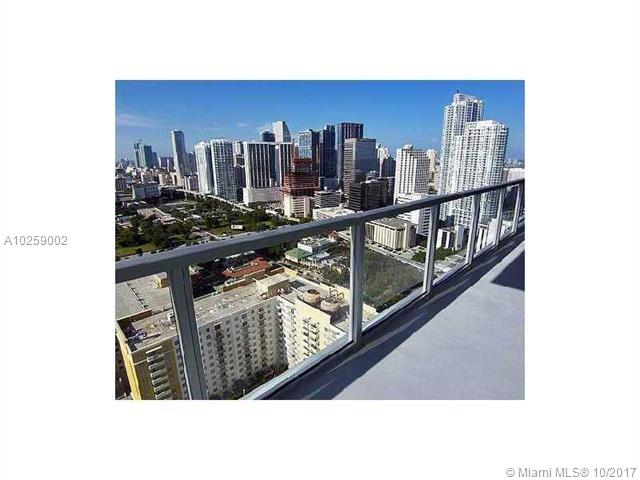 1111 Sw 1st Ave Miami, FL 33130