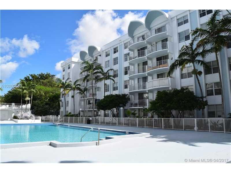 Photo of 498 Northwest 165 St  Miami  FL