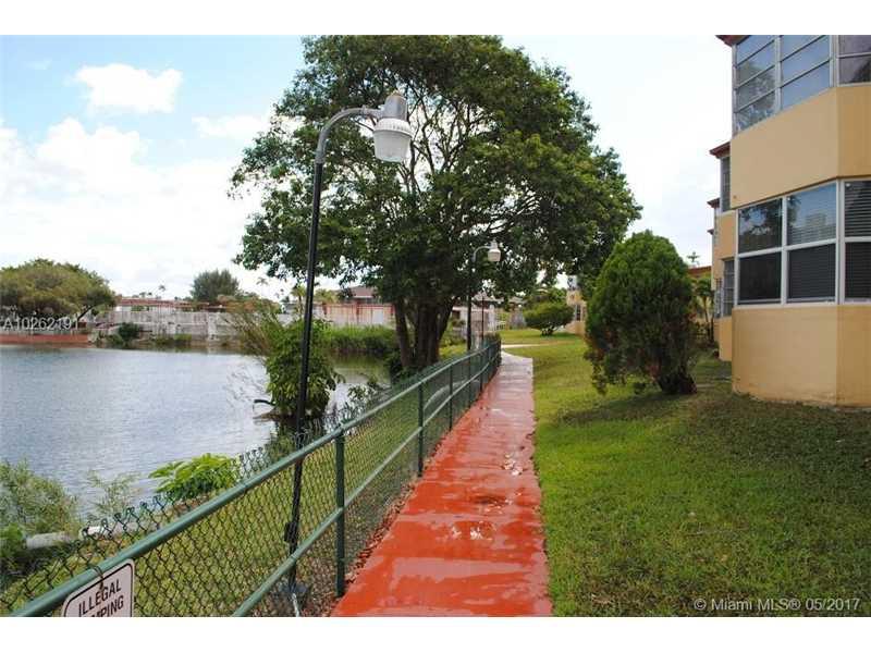 Photo of 1667  miami gardens dr  Miami Gardens  FL