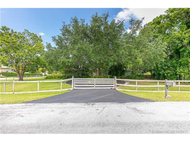 Photo of 5120 SW 114th Way  Davie  FL