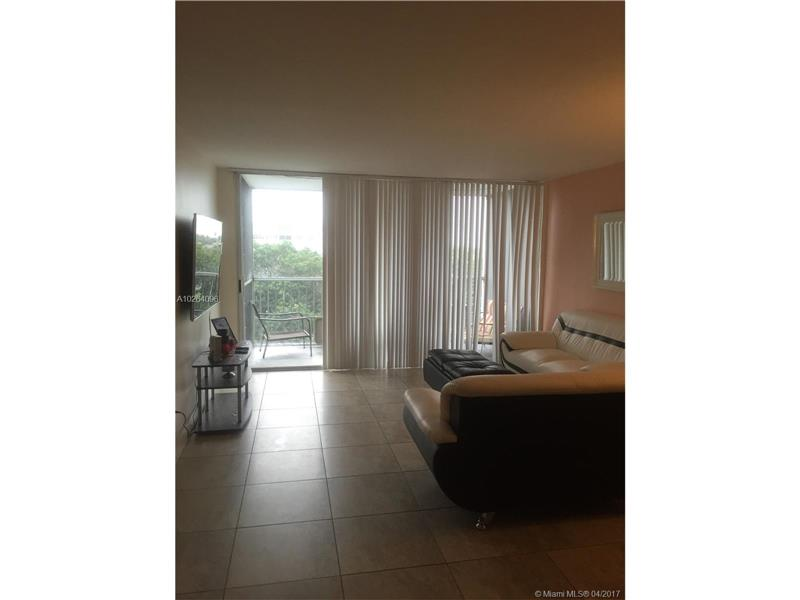 Photo of 700 Northwest 214th St  Miami Gardens  FL
