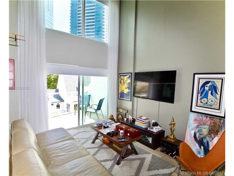 Photo of 1528  Brickell Ave  Miami  FL