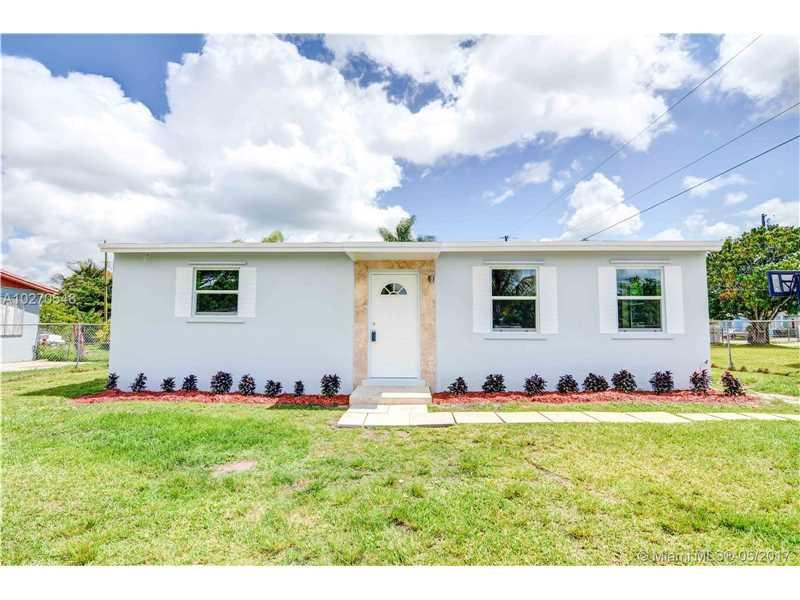 Photo of 885 Northwest 2nd St  Florida City  FL