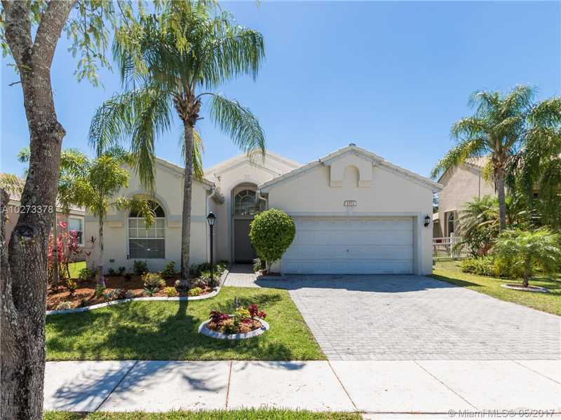 Photo of 1572 Northwest 135th Ave  Pembroke Pines  FL