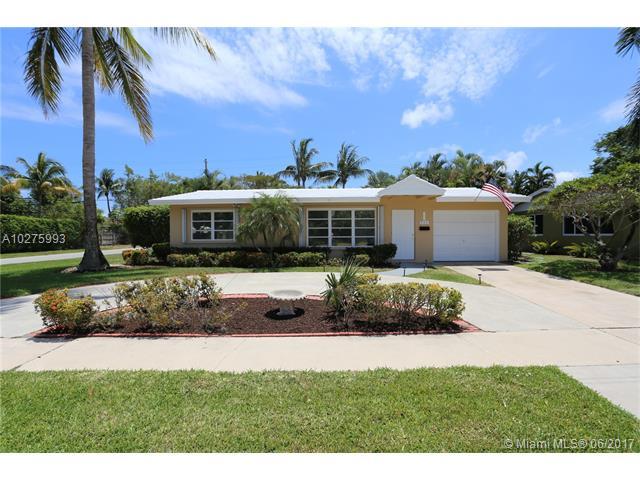 954 Southeast 7th St, Deerfield Beach Pool Real Estate