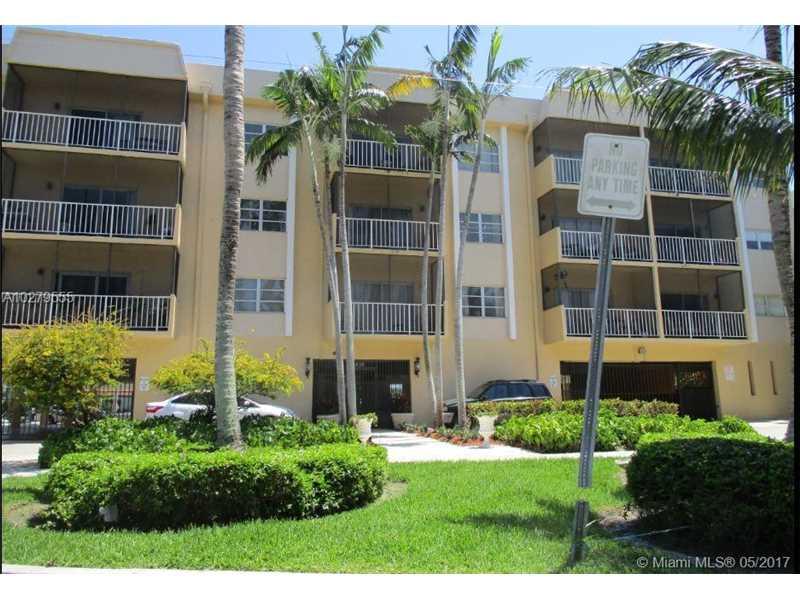 Photo of 2620 Northeast 135th St  North Miami  FL