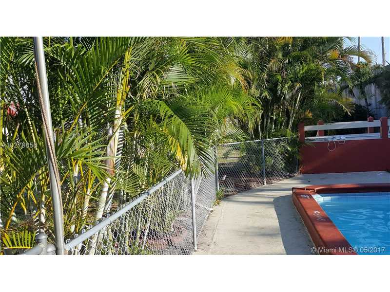 Photo of 2916  Funston St  Hollywood  FL