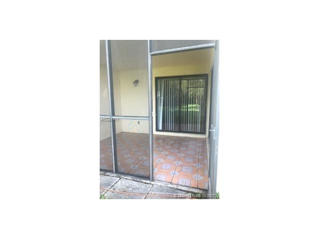 Photo of 165 Lakeview Dr  Weston  FL