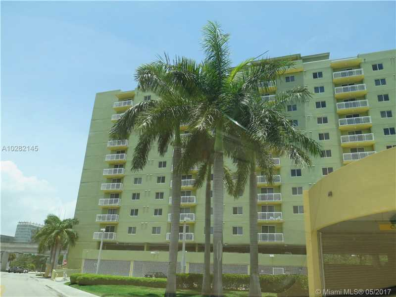 Photo of 816 Northwest 11th St  Miami  FL