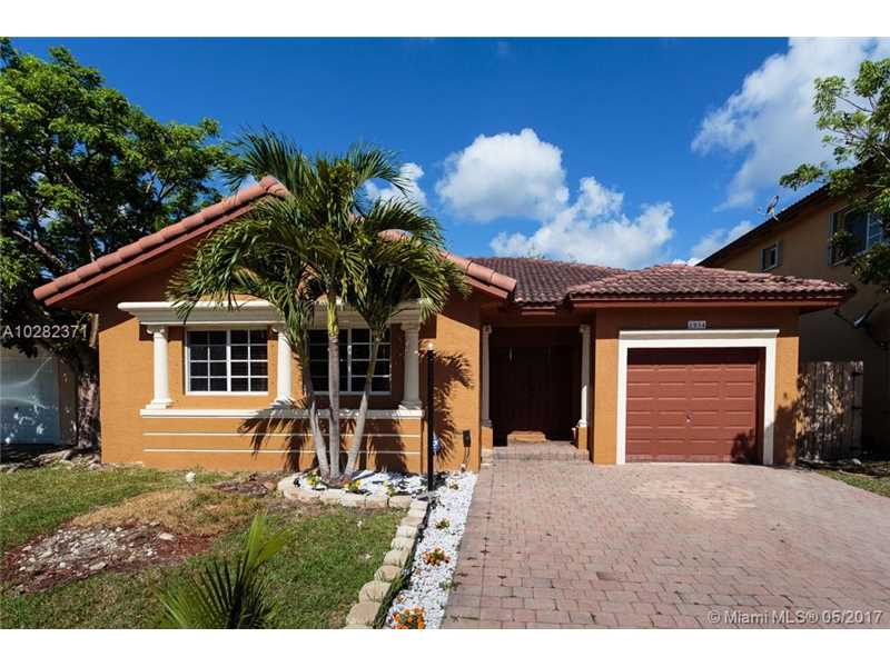 2954 Northeast 41st Pl, Homestead in Miami-Dade County County, FL 33033 Home for Sale