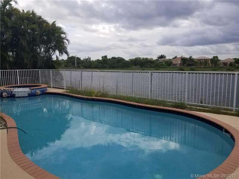 1490 Southwest 164th Ave Pembroke Pines, FL 33027