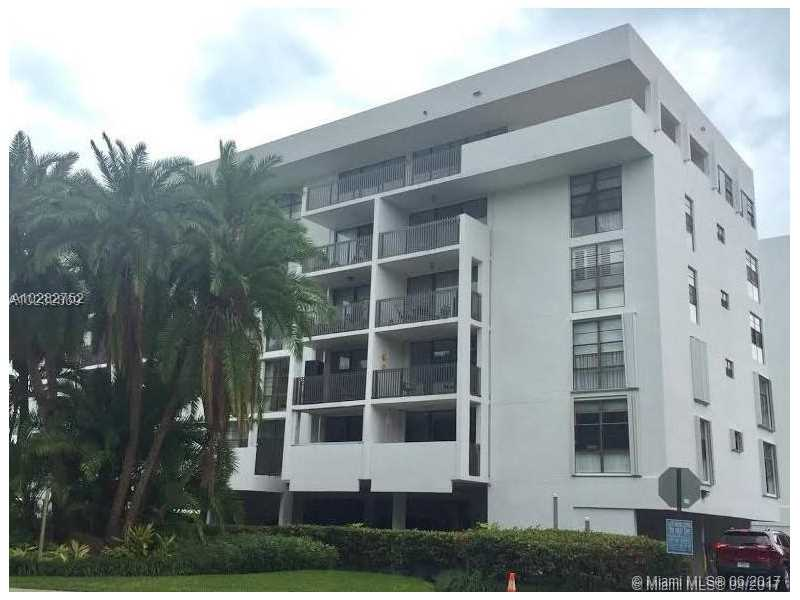 Photo of 100  Ocean Lane Dr  Key Biscayne  FL