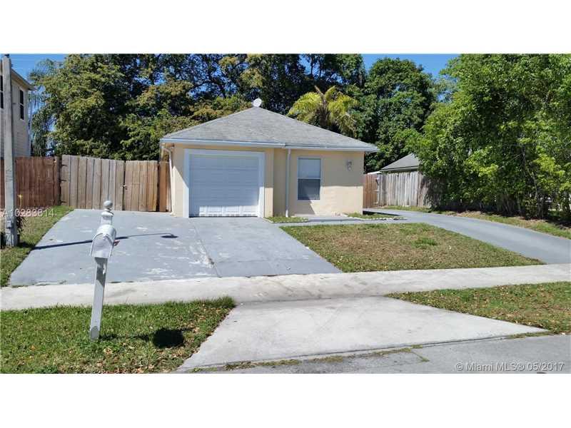 Photo of 746 Southwest 7th Ter  Florida City  FL