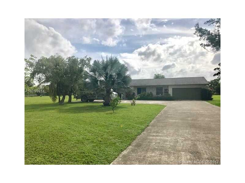Photo of 25700 SW 212th Ave  Homestead  FL