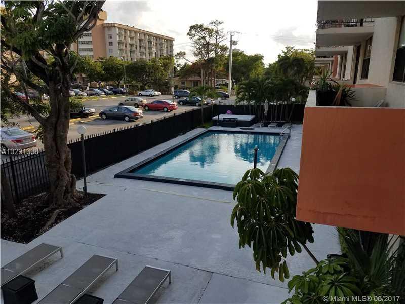 Photo of 920 Northeast 169th St  North Miami Beach  FL