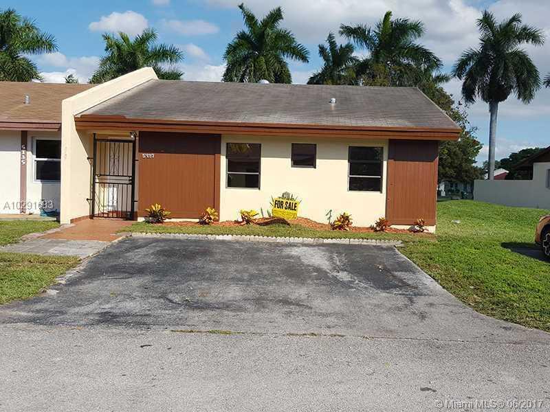 Photo of 5137 Southwest 140 PL  Miami  FL