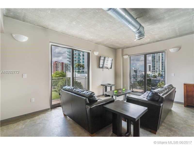 Photo of 455 Northeast 25th St  Miami  FL