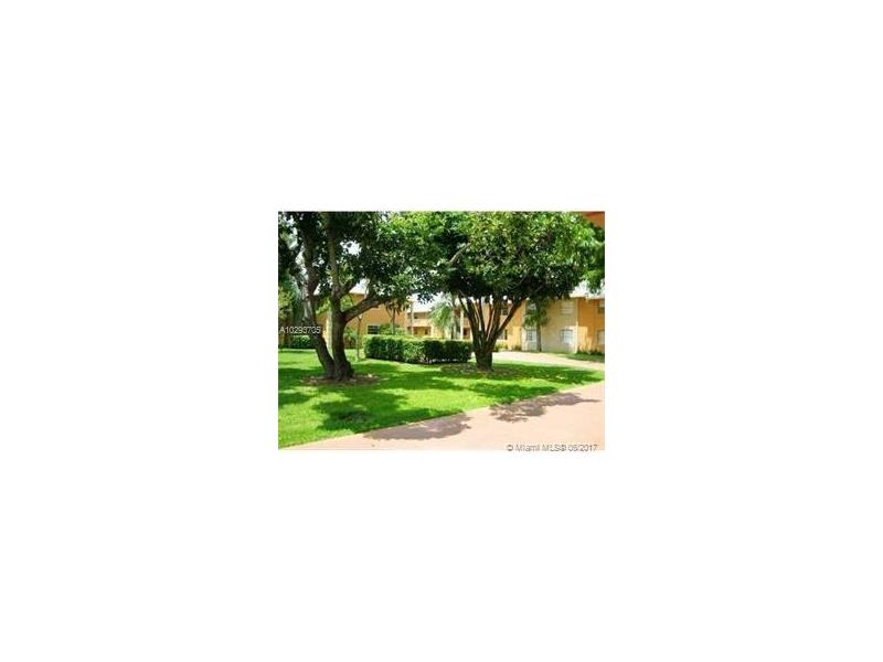 Photo of 17255 Southwest 95th Ave  Palmetto Bay  FL