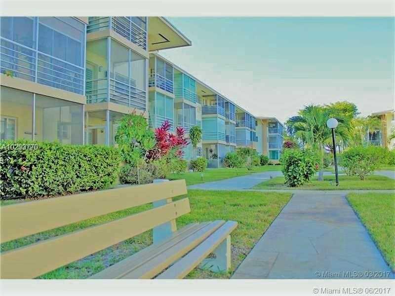 Photo of 16701 NE 13th Ave  Miami  FL