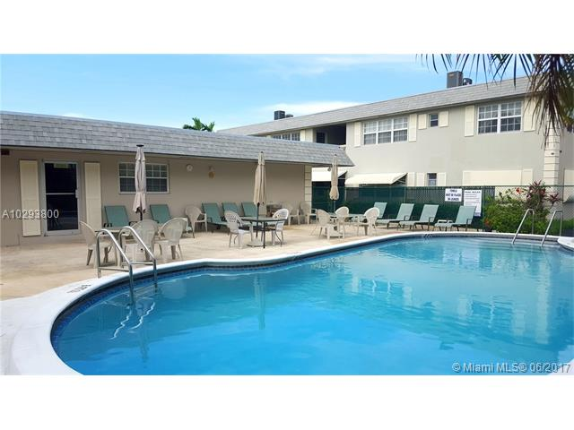 Photo of 1520  McKinley St  Hollywood  FL