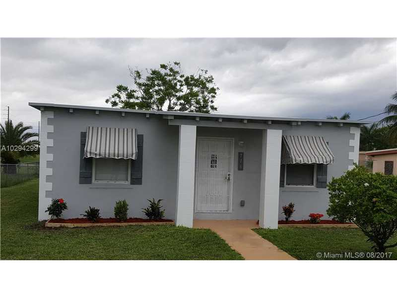 Photo of 716 Southwest 11th Ave  Homestead  FL