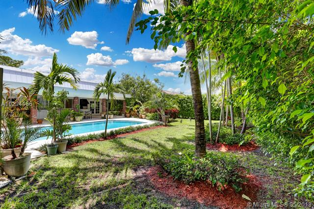7425 SW 157th Ter, Palmetto Bay-Miami, Florida