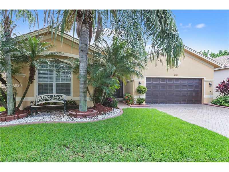 Photo of 4300 East Seneca Ave  Weston  FL
