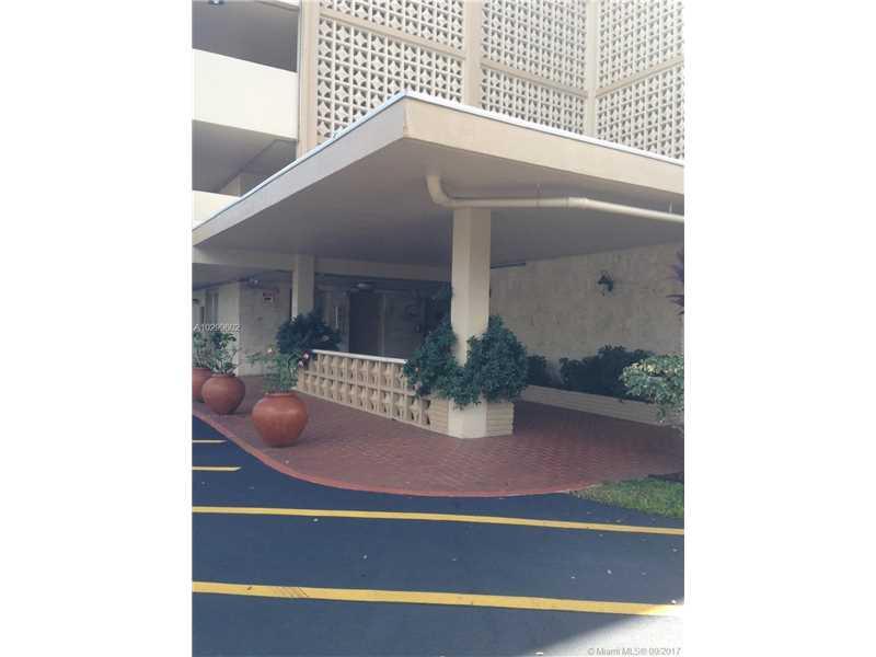 Photo of 4700  Washington St  Hollywood  FL
