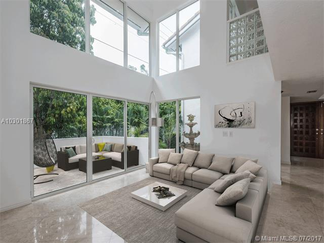 Photo of 4000  Alhambra Cir  Coral Gables  FL