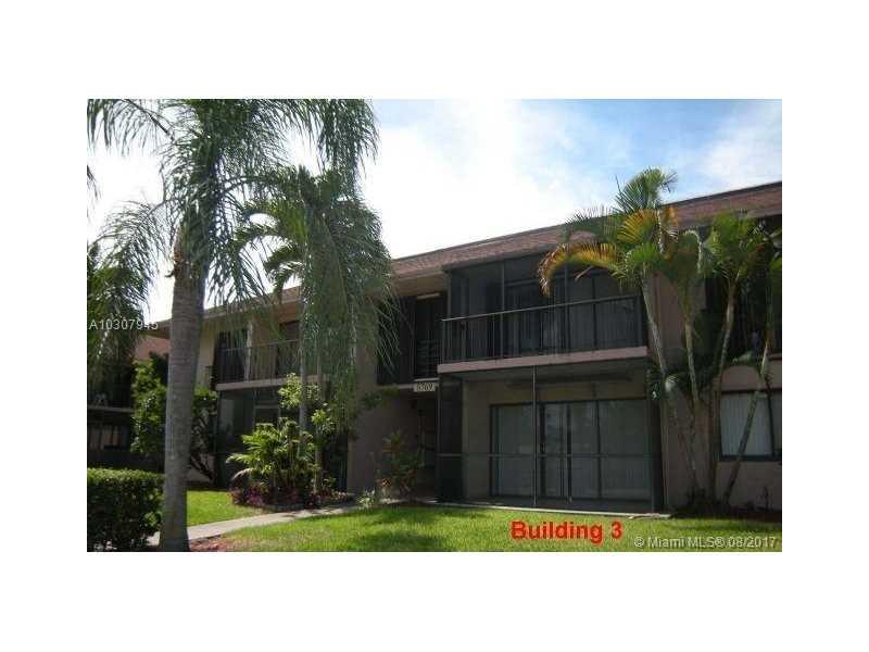 Photo of 5767  Washington St  Hollywood  FL