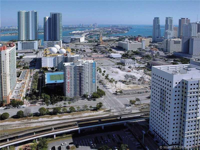 Photo of 850 North Miami Ave  Miami  FL