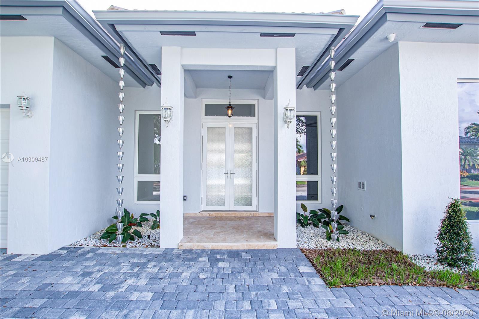 16907 NW 83rd Pl, Hialeah Gardens, Florida