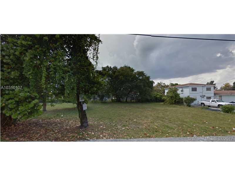 6822 Nw 5th Pl Miami, FL 33150