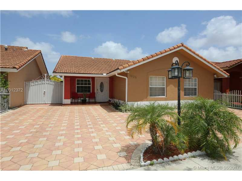 Photo of 1025 Northwest 128th Pl  Miami  FL