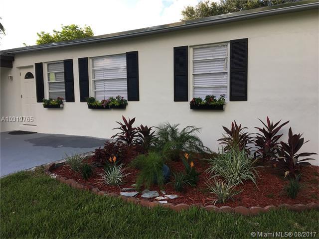 Photo of 1565 Northwest 129th St  North Miami  FL