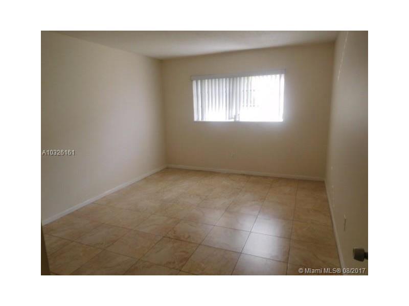 Photo of 15225 NE 6th Ave  Miami  FL