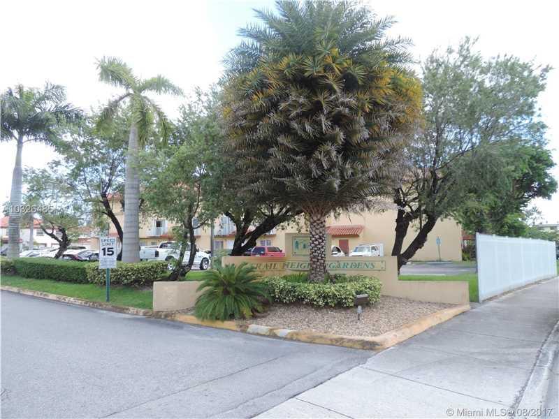 Photo of 950 SW 104th Ct  Miami  FL