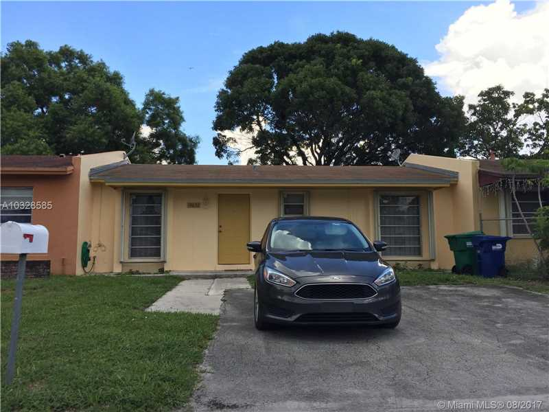 Photo of 19632 NW 29th Pl  Miami Gardens  FL
