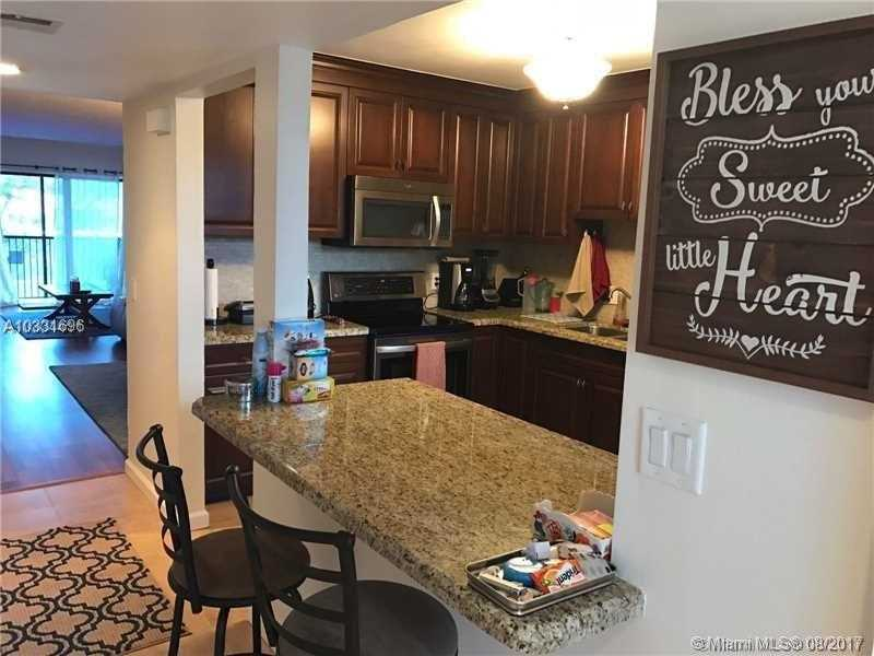 Photo of 439  Lakeview Dr  Weston  FL