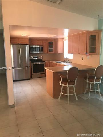 Photo of 940 SW 138 Place  Miami  FL