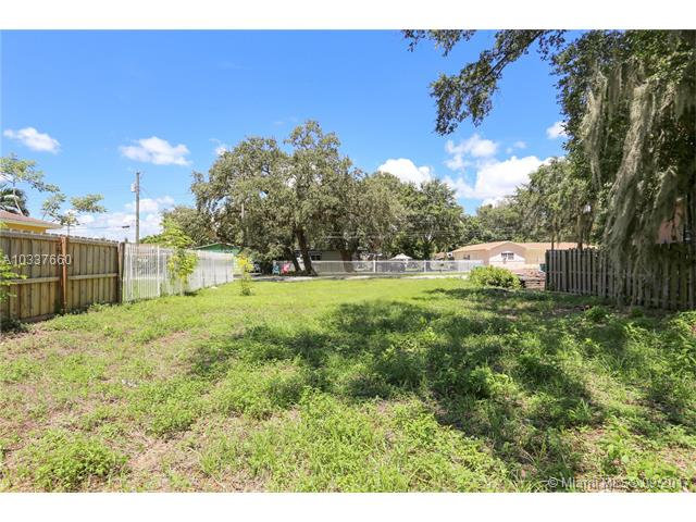 Photo of 3166 NW 170th St  Miami Gardens  FL