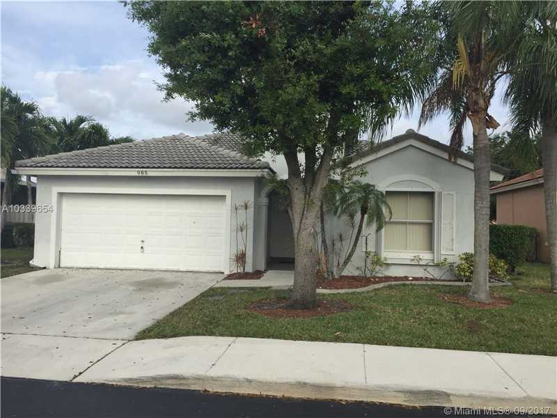 Photo of 985 NW 165th Ave  Pembroke Pines  FL
