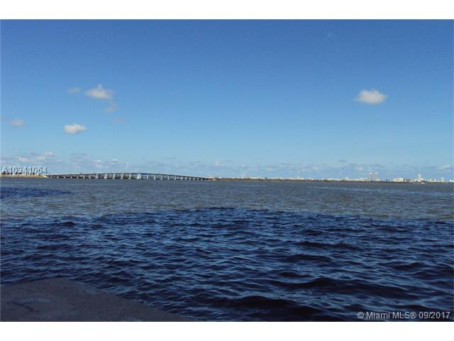 Photo of 600 NE 25th St  Miami  FL