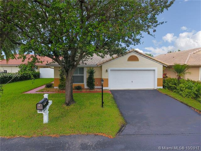 Photo of 6121 Portsmouth Ln  Davie  FL